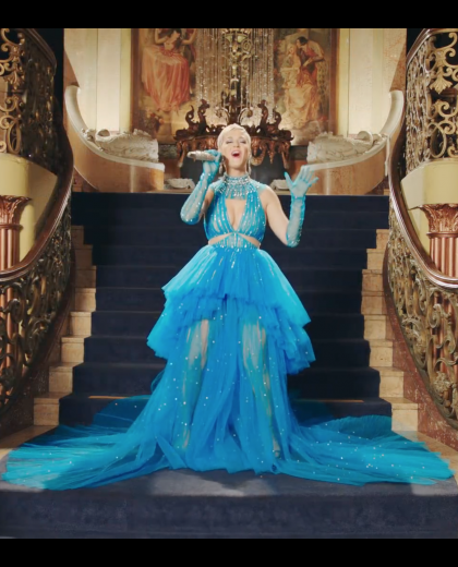 "Princess Katy Perry In The Mv ""Immortal Flame"""